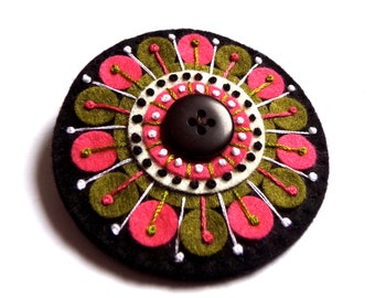 KALEIDOSCOPE felt brooch pin with freeform embroidery - scandinavian style