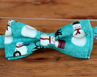 Boys Snowman Bow Tie - boys Christmas snowmen blue-green bowtie - bow tie for baby infant toddler child preteen boy - holiday bow tie - gift