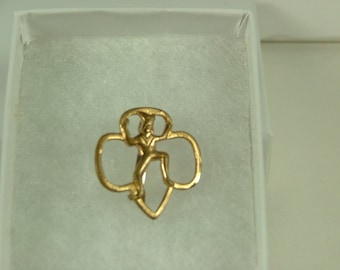 Vintage 1960's style Girl Scout Brownie Pin