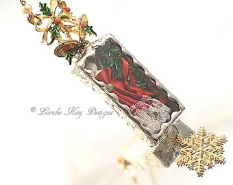 Charlotte Christmas Necklace Soldered Glass Box Mixed Media Shadowbox Pendant Wearable Diorama