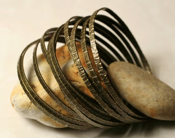 Stacking Bangle Bracelets, Antique Brass Bangles, Handmade Bangles Hammered Bangles, one piece (item ID ABBW64)
