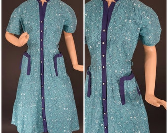 Late 1940s Early 1950s Blue Paisley Cotton House Dress by Penny's - 33 inch Waist