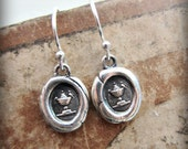 Wax Seal Earrings - Love Birds at Fountain - DE810