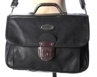 Black BRIEFCASE 90s  Laptop Case Vintage Shoulder Bag Faux Leather Bag Large Professor Portfolio School Bag Silver Hardware Retro Hipster