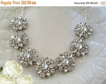 Sale Crystal and Pearl, Wedding Statement necklace, Bridal jewelry, Rhinestone necklace with Pearls Wedding Jewelry, Chunky silver Necklace