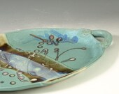 Pottery tray oval with handle