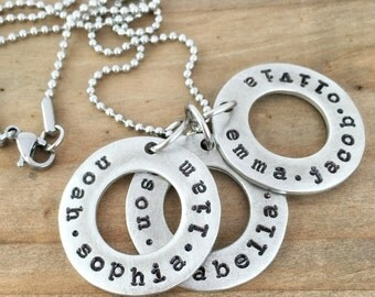 Name Necklace, Personalized Three Washer Family Necklace, Circles of Love for Mom or Grandma, Custom Jewelry.