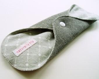 "10.5"" 26cm Bamboo Fleece Heavy Cloth Menstrual Pad Incontinence Pad, Heather Grey Diamond, Heavy Absorbency Pad Plus Size Pad, Cloth Sanpro"