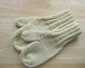 Child Medium Mittens Wool Hand Knit Butter Cream