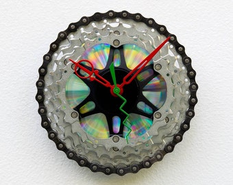 bike gift clock, christmas gift, wall clock, recycled christmas gift, upcycled bike gift, steampunk gift, bike art, Recycled Bike Gear Clock