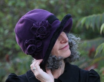 Ladie's Flapper Cloche - Polar Fleece - Purple and Black - Jane
