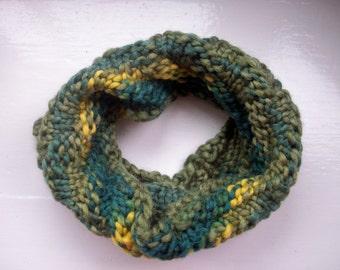 Knitted neck warmer, cosy cowl, warm collar, dark green, gold, wool, diagonal rib