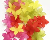90 pcs of Frosted Acrylic  flower beads 27mm  mix color