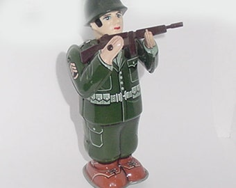 Antique Tin Toy Soldier Windup with Gun - T.N. Japan Made - Great Action