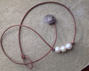 Pearls and Leather, Freshwater Pearls Necklace, Trio of Pearls