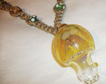 Psychedlic Mushroom Pipe Bead Hemp Necklace - Gold Fume Boro Lampwork Glass Mushroom Pipe Pendant Hemp Jewelry