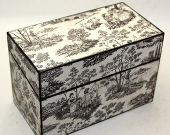 Wood Recipe Box Black and White Toille Shabby and Chic Fits 4x6 Cards