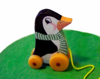 Paddy Penguin Pull Toy KIT Dollhouse Miniature