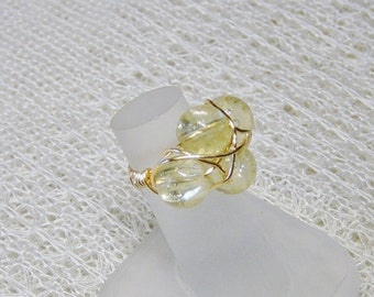 Gold Wire Wrap Yellow Bead Ring, Yellow Glass Bead Ring, Size 6 Ring, Yellow Ring, Gold Ring, Gold Wire Ring