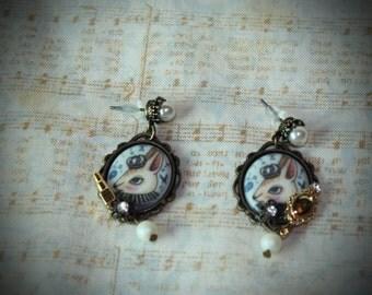 Sweet Lolita rabbit cameo earrings