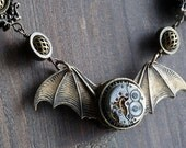 Steampunk Jewelry -  NECKLACE - Winged antique watch movement - Antique bronze