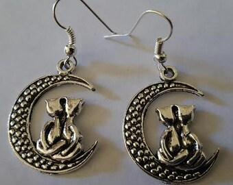 Cat ladyCat earrings, Cat, Earring, MsFormaldeyde, Catcon,Meow, Crazy cat lady, Kitty, Kitty earrings, Ready to ship