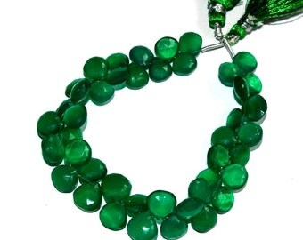 """1/2 Strand 3.5"""" 22 Pcs Natural Green Onyx Faceted Heart Briolettes Size 8-9 mm Gemstone Briolette Semiprecious Beads TB09"""