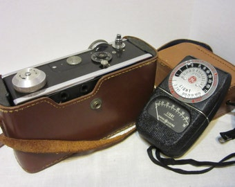 1950's Argus Camera With Leather Case and Light Meter