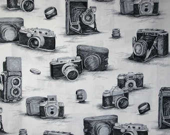 Antique Camera Fabric By the Yard, Quarter Yard Fat Quarter Retro Black & White Fabric Cotton Quilting Fabric t3/1