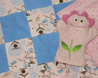patchwork quilts_patchwork blankets_serene bird scene