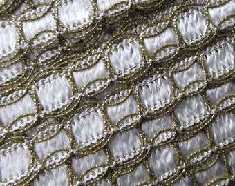 2 Yards Vintage Metallic White And Gold Trim  Old Store Stock  VT 07
