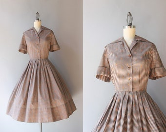 50s Dress / 1950s Embroidered Gingham Day Dress / Vintage 50s Full Pleated Skirt Cotton Shirtwaist Dress