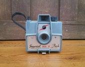 Vintage Grey Imperial Mark XII Flash Camera