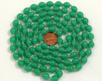 Jade Glass Bead Necklace, Art Deco Necklace, Jade Green Necklace, Knotted Necklace, Long Necklace, Flapper Necklace, Faux Jade Necklace