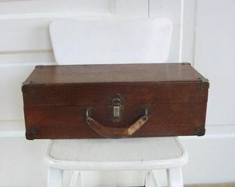 Vintage Wood Box, Wood Case,  Primitive Box, Vintage Storage, Rustic Box, Industrial Storage