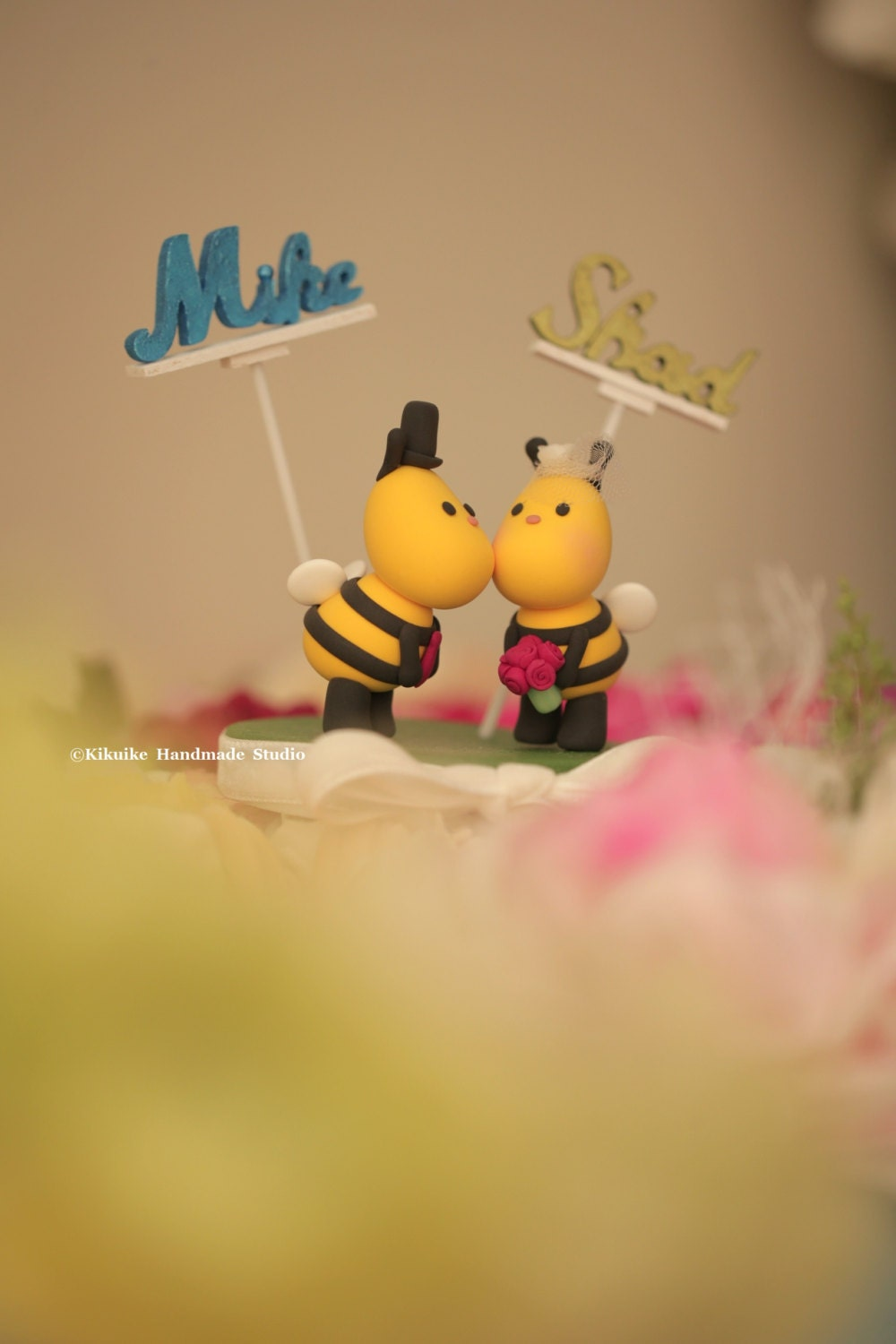 Kissing Bees b wedding cake topper,ladybug wedding cake topper ...