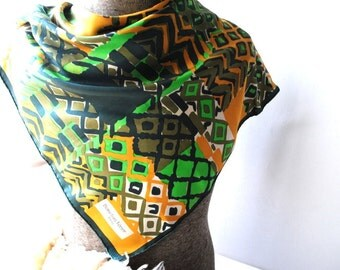 Mod vintage 70s  earth color polyester scarf with  abstract geometric print. Made by Bianchini Ferier in Paris.