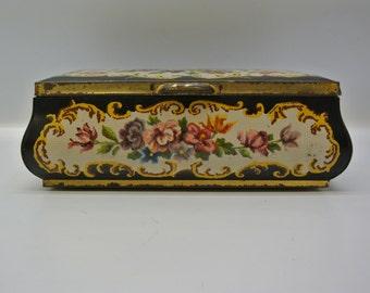 Vintage biscuit tin - rectangular