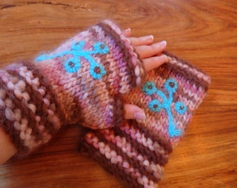 Forget-Me-Not woolly wristwarmers with embroidered flowers, large