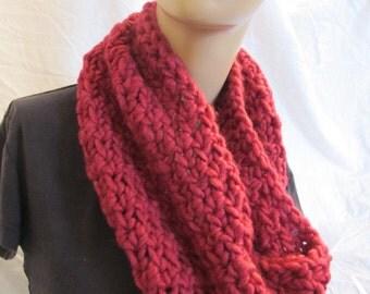 Chunky Raspberry Wool Infinity Scarf/Cowl (5046)