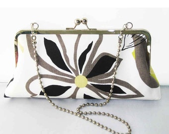 SALE - Ready to Ship - Large Classic Clutch with chain