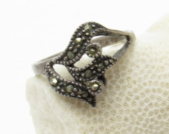 Vintage Sterling Marcasite Ring Jewelry R7402