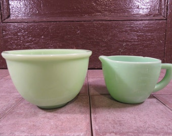Nice vintage jadeite batter bowl plus 2 cup measure with handle (marked MFK) with chip on rim- both pieces for one price, solid,collectible