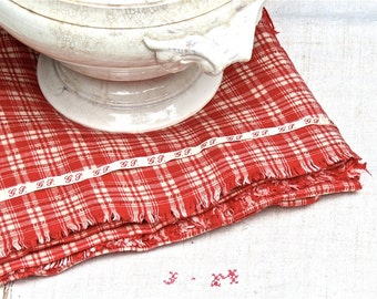 Vintage Lovely French Classic Red Check Woven Fabric