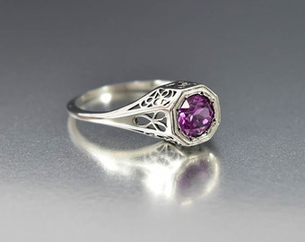 Silver Filigree Alexandrite Engagement Ring, Alexandrite Ring, Color Changing Stone Gemstone, Art Deco Engagement Ring Style, Promise Ring