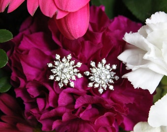 Stud Earrings, Bridal Jewelry, Bridesmaid Earrings Wedding Jewelry Earrings Flower Sparkly Earrings
