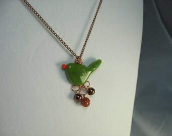 green artisan lampwork glass bird necklace ... beautiful birdie with wire wrapped charms on chain necklace
