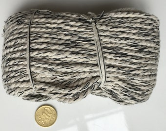 20 m of natural and black cotton cord in 3 mm