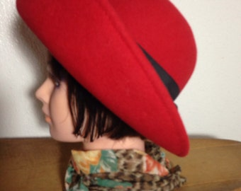 RED with NAVY blue BOWLER Vintage Hat 1960s by Sonni of San Francisco