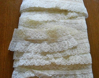 """Stretchy ROSE Netted LACE Trim White & Ivory Tiny Flowers Scalloped Edge, Headbands Gown Lingerie Borders Lampshade Vintage 2.5 """" by 5+ Yds"""